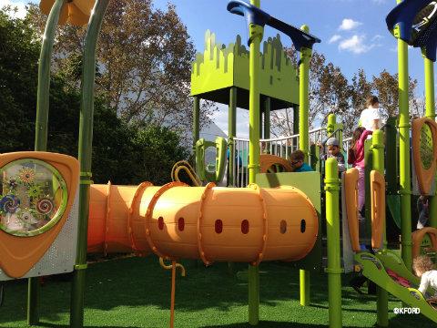 epcot-oz-garden-vibe-play-structure.jpg