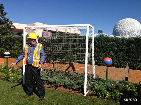 epcot-slower-garden-eric-darden-soccer-photo-op.jpg
