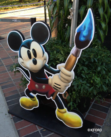 epic-mickey-sign.jpg
