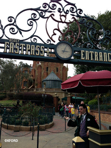 fastpass-plus-return-queue-haunted-mansion.jpg