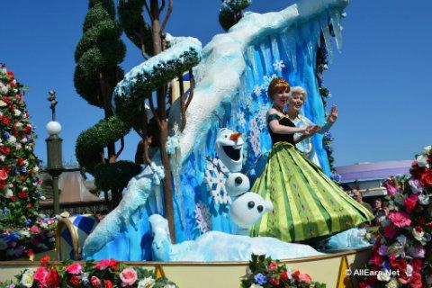 festival-of-fantasy-parade-anna-elsa.jpg