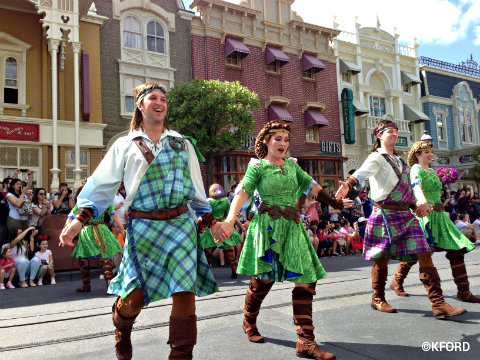festival-of-fantasy-parade-celtic-dancers.jpg
