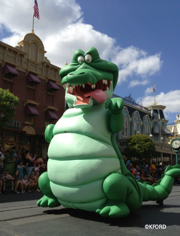 festival-of-fantasy-parade-crocodile.jpg