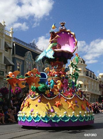festival-of-fantasy-parade-little-mermaid-float.jpg