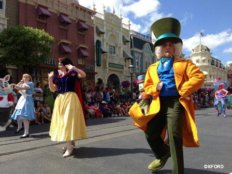 festival-of-fantasy-parade-mad-hatter.jpg