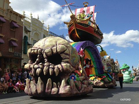 festival-of-fantasy-parade-peter-pan.jpg