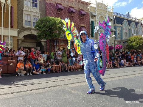 festival-of-fantasy-parade-seashell-characters.jpg