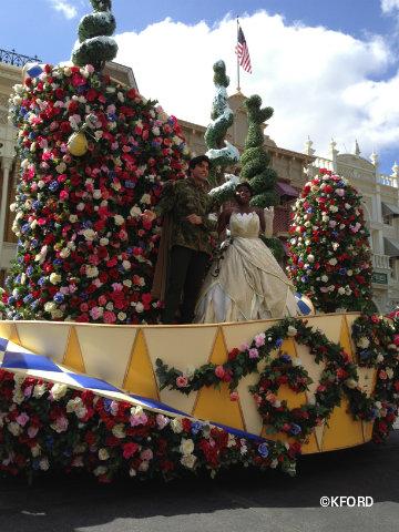 festival-of-fantasy-parade-tiana-naveen.jpg