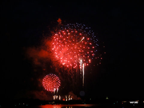 fourth-of-july-fireworks-at-polynesian.jpg