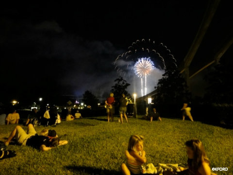 fourth-of-july-fireworks-disney-world-contemporary.jpg
