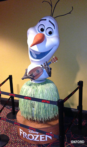 frozen-olaf-in-hula-outfit.jpg