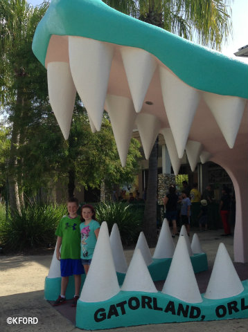 gatorland-entrance.jpg