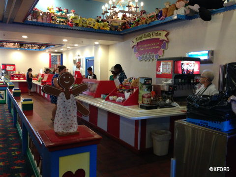 give-kids-the-world-gingerbread-restaurant.jpg