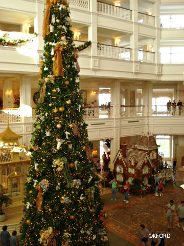 grand-floridian-lobby-at-christmas.jpg