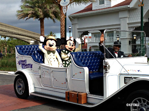 grand-floridian-villas-mickey-minnie-car.jpg