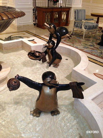 grand-floridian-villas-penguin-detail.jpg