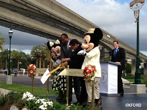 grand-floridian-villas-ribbon-cutting.jpg