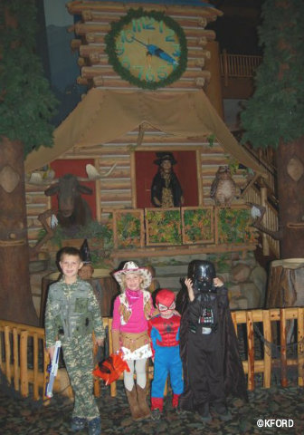 great-wolf-lodge-halloween-costumes.jpg