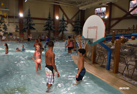 great-wolf-water-park-basketball.jpg