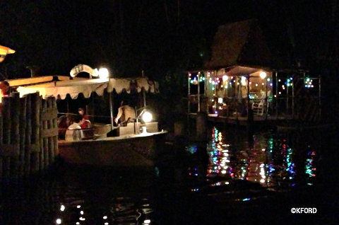 jingle-cruise-lights-across-dock.jpg