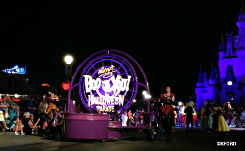 mickeys-halloween-party-boo-to-you-parade.jpg