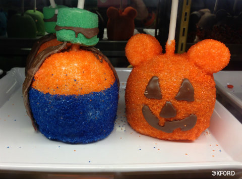 mickeys-halloween-party-candy-apples.jpg
