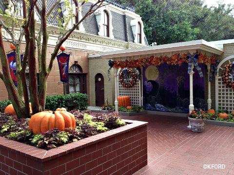mickeys-halloween-party-jack-skellington-meet-area.jpg