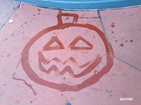 mickeys-halloween-party-sidewalk-art.jpg