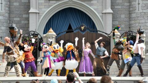 mickeys-royal-friendship-faire-cast.jpg