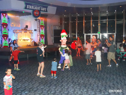 mickeys-very-merry-christmas-party-club-tinsel-dance-party.jpg