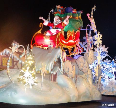 mickeys-very-merry-christmas-party-santa-float.jpg
