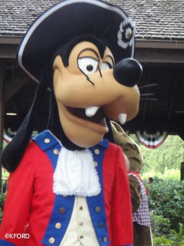 patriotic-costume-goofy.jpg