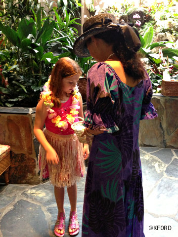 polynesian-getting-ready-to-hula.jpg