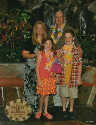 polynesian-luau-ford-family.jpg
