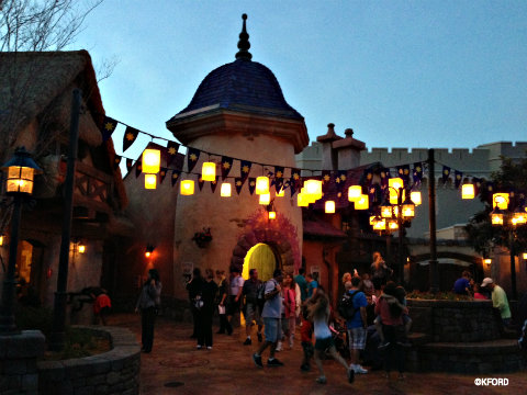 rapunzel-restrooms-lanterns-at-night.jpg