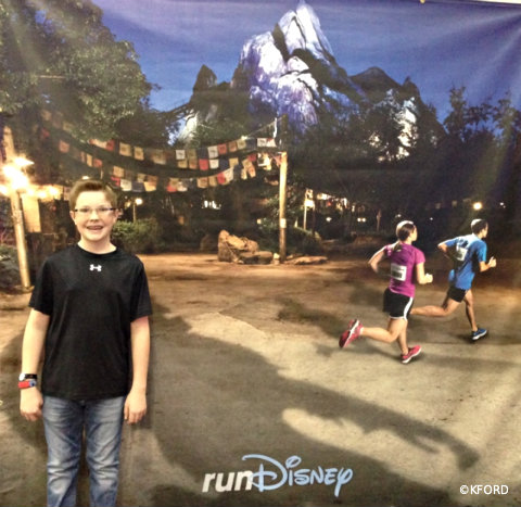 rundisney-expedition-everest-challenge-photo-op.jpg