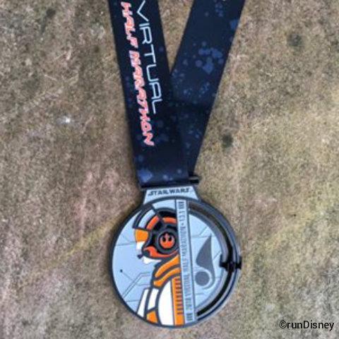 rundisney-star-wars-virtual-half-marathon-medal-2018.jpg