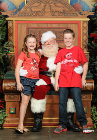 santas-chalet-carter-and-lauren.jpg