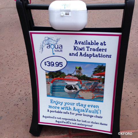 seaworld-aquatica-aquavault-lockers.jpg