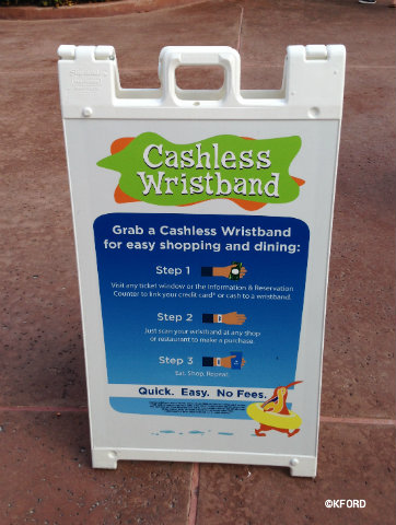 seaworld-aquatica-cashless-wristband.jpg