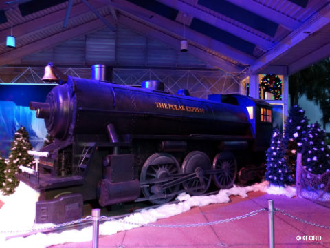 seaworld-christmas-polar-express.jpg