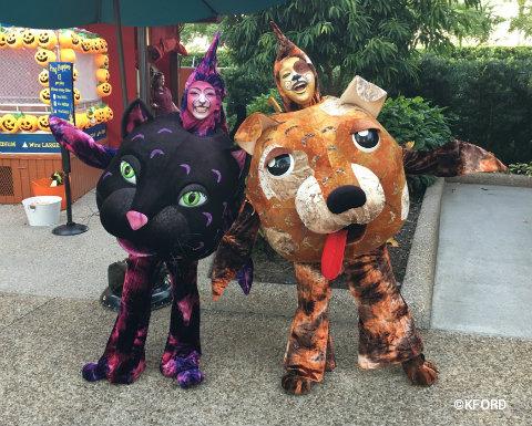 seaworld-halloween-spooktacular-catfish-dogfish.jpg