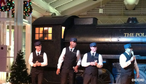 seaworld-polar-express-singing-conductors.jpg