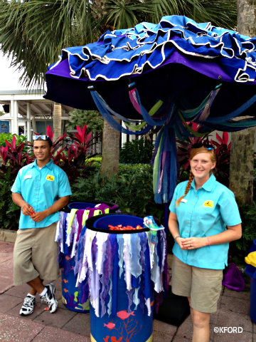 seaworld-spooktacular-candy-station.jpg