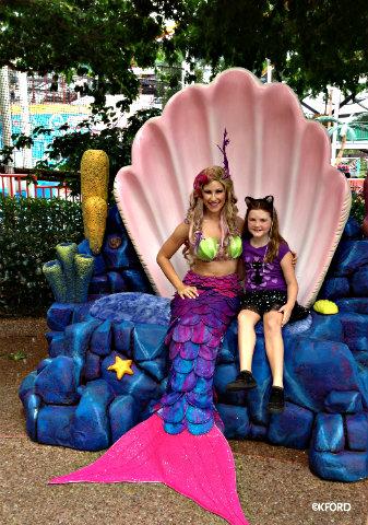 seaworld-spooktacular-mermaid.jpg