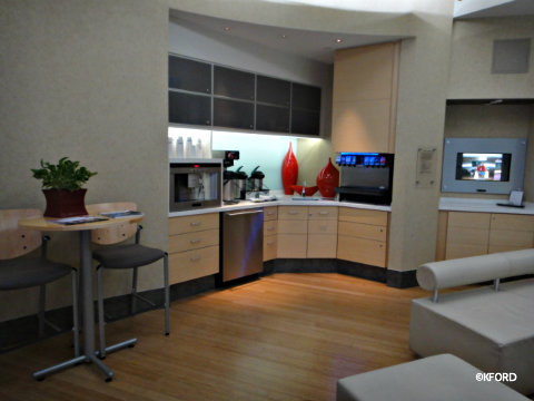 siemens-vip-center-lounge-beverages.jpg