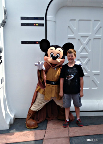 star-wars-weekends-carter-jedi-mickey.jpg