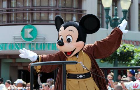 star-wars-weekends-jedi-mickey-motorcade.jpg