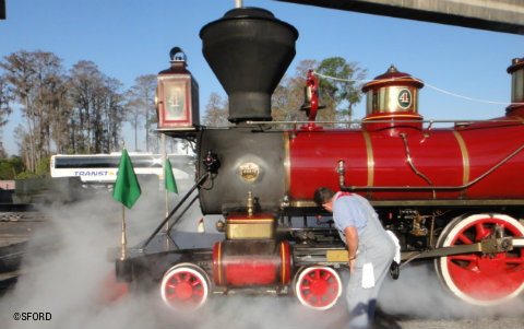 steam-train-tour-morning-check.jpg
