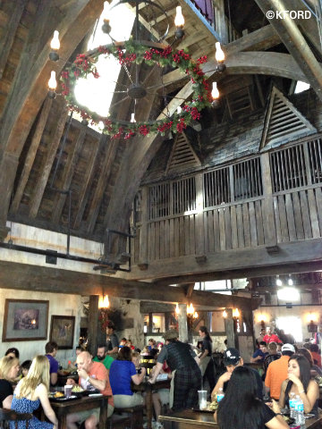 universal-harry-potter-three-broomsticks.jpg